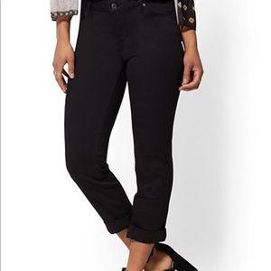 Black cropped boyfriend jeans 12/14